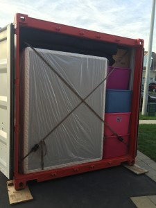 Fully packed storage container